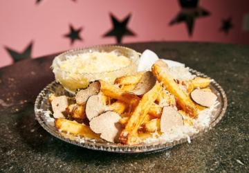 Estas são as batatas fritas mais caras do mundo — uma dose custa 169 euros
