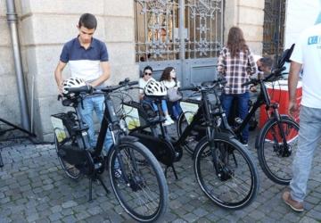 Há mais de 100 bicicletas elétricas para distribuir pela comunidade académica do Porto