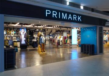 As inesperadas sapatilhas-meia desportivas da Primark (custam 11€)