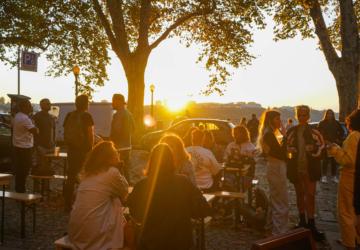 Já pode beber uma cerveja Musa a ver o pôr do sol nas Virtudes